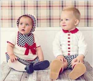 niño y niña lunares